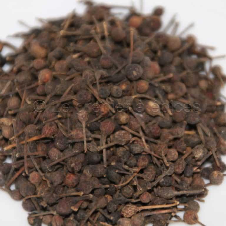 Photo de graines de poivre sauvage en vrac